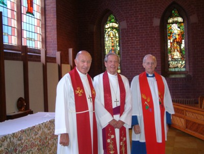 Connor Diocese : Golden Celebrations at St. John's Malone