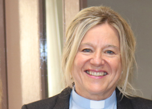 Rev Denise Acheson to return temporarily to St Anne's