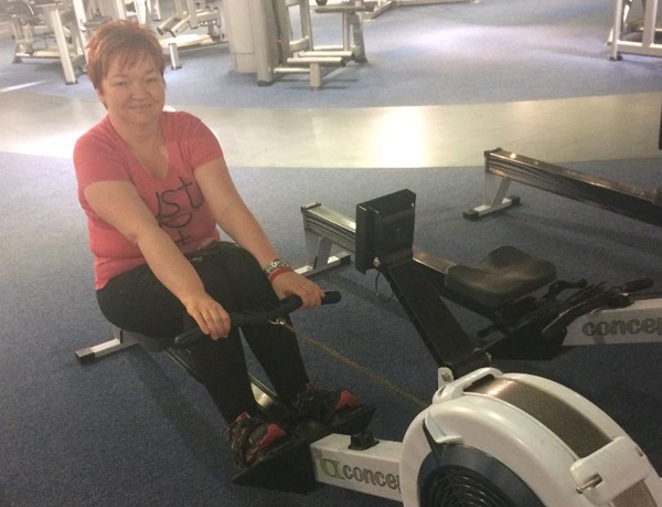 Beverley undertakes Cancer Research UK's Great Row!