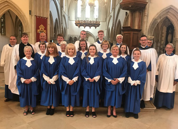 St Polycarp's choir leads worship in Portsmouth Cathedral