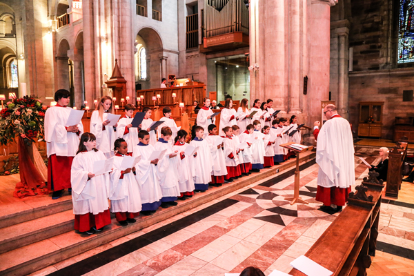 Schoolchildren get to experience chorister life!