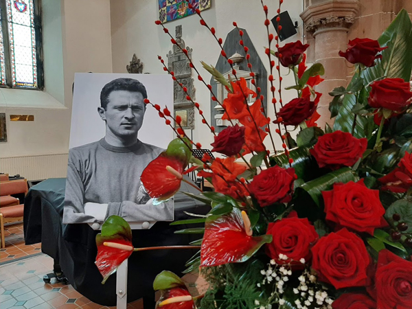 Coleraine Parish hosts Service of Thanksgiving for Harry Gregg