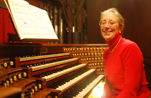 French organist Sophie-Véronique Cauchefer-Choplin will chair the competition jury.