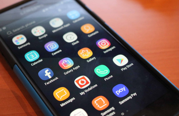 Advice for parishes on managing social media